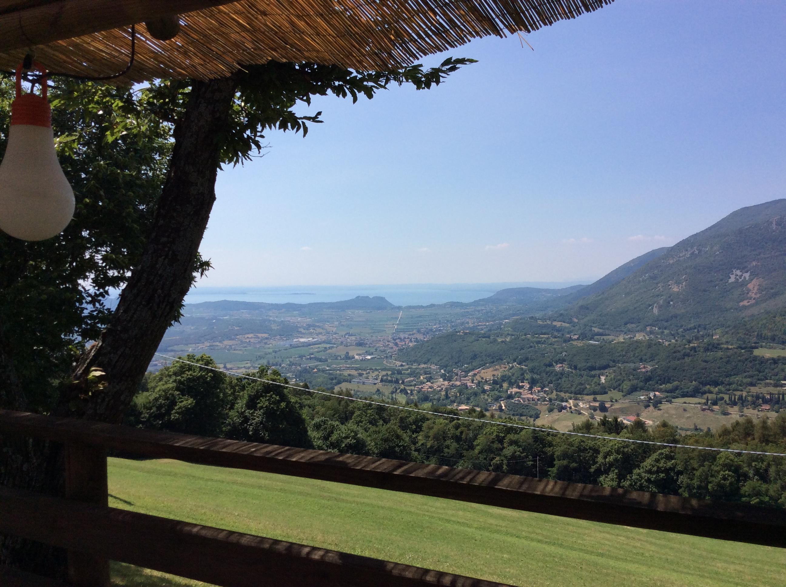 Scorcio del panorama sul Lago di Garda